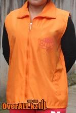 Оранжевые безрукавки, пошив на заказ.