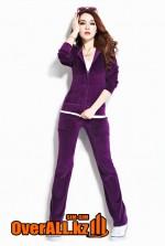 Фиолетовый велюровый костюм