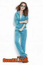 Голубой велюровый костюм