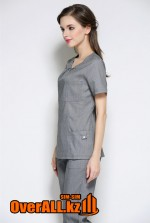Элегантный серый медицинский костюм