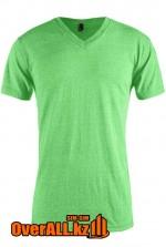 Светло-зеленая футболка с V-образным вырезом