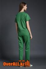 Женский зеленый медицинский костюм